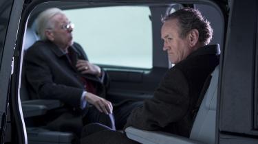 Ærkefjenderne Ian Paisley (Timothy Spall) og Martin McGuinness (Colm Meaney) tvinges til at dele bil i Nick Hamms virkelighedsbaserede drama, 'The Journey'.