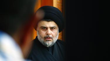 Den irakiske politiker og tidligere militsleder Moqtada al-Sadr har gennemgået flere politiske transformationer i løbet af et relativt kort liv. I dag fremstår han som kritiker af Iraks sekterisk opdelte politiske system. Og det er populært.