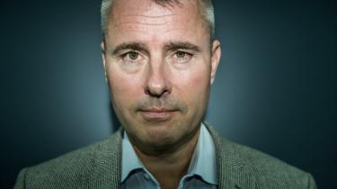 Henrik Sass Larsen (S) henviser til, at hash er mindre skadeligt end de lovlige stimulanser tobak og alkohol, og at en legalisering vil fjerne en kæmpe kriminel indtægtskilde.