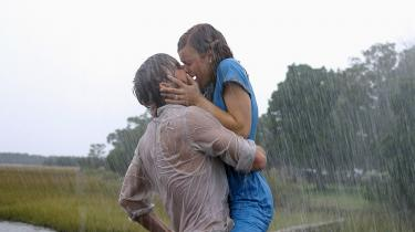 Sexolog Lea Sorgenfrei oplever, at vi ligger under for den hollywoodificerede tankegang om, at hvis du er i tvivl om, hvorvidt du er sammen med den rette, så er du ikke i tvivl. Så må og skal du finde en, der er endnu mere rigtig. Billedet her er fra det romantiske kærlighedsdrama 'The Notebook'.