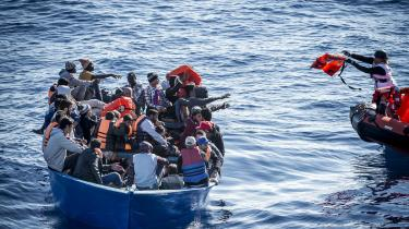 Bådflygtninge ud for Italiens kyst.