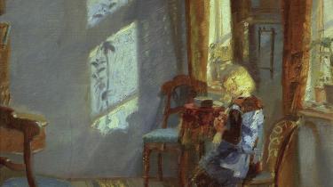 'Solskin i den blå stue' (1891) af Anna Ancher.