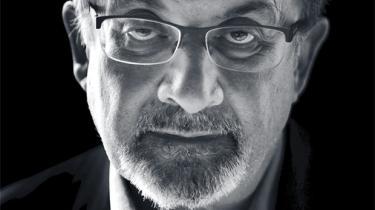 Romanforfatteren og ytringsfrihedsfortaleren Salman Rushdie har skrevet et dystopisk og fabulerende epos om vores postfaktuelle tid, om det virkelighedsbaserede fællesskabs sammenbrud og identitetspolitikkens fremmarch. Men selv om han begræder en ny tids censurklima, mener han, at faren ved amerikanske campussers politiske korrekthed er overvurderet. Hellere sætter han sin lid til en ny aktivistisk generation af unge, der er det største håb siden 1968 og måske endda større