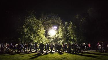 EU-topmødets mest presserende emne er migration og asyl. Italien presser på for europæisk solidaritet, mens den tyske regering er i krise over indenrigsministerens forslag om at lukke de tyske grænser. Her asylansøgere i Dortmund, Tyskland.