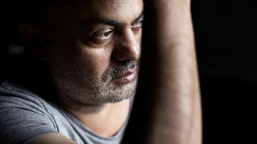 Irakiske Hassan Blasim er født ind i en nation af historiefortællere, og fortæller selv historier fra krigens skyggesider. Men aktivistisk er han kun, når han står på en scene, forsikrer han. Han har netop gæstet Danmark i forbindelse med litteraturfestivalen Northlit med fokus på arabisk litteratur