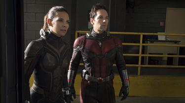 Paul Rudd og Evangeline Lilly som Ant-Man og Hope van Dyne.