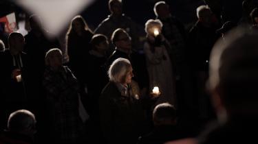 Foto fra en demonstration mod atdet polske regeringsparti har strammet sit greb om landets retsvæsen yderligere.