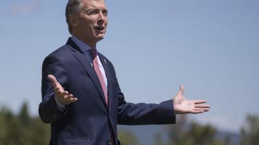 Præsident Mauricio Macri har forhandlet sig frem til et lån på 50 milliarder dollar – det største i både IMF's og Argentinas historie, svarende til næsten 10 procent af landets BNP