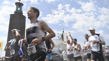 Spørger man samfundsvidenskaben er der ikke noget, der bekræfter fortællingen om den fortabte 'generation nå'. De er måske formet af en individualistisk tidsånd, men tilsyneladende kan man godt både realisere sig selv ved at løbe maraton og bekymre sig om klimaforandringerne på samme tid. Her er det maratonløbere i Stockholm.