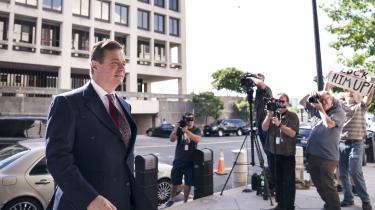 I denne uge begynder den første af to indviklede retssager mod Trumps tidligere kampagnechef, Paul Manafort. Selv om Trump-kampagnens forbindelsen til Rusland ikke er omdrejningspunktet for sagen, kan anklagerne mod Manafort alligevel ende med at blive temmelig penible for den amerikanske præsident