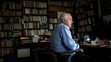 Peter Kemp introducerede den brede befolkning til filosofi i boganmeldelser, kronikker og i radioen.