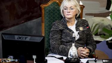 »Jeg tror, at islændingenes voldsomme reaktion på Pia Kjærsgaards besøg til dels skyldes, at vi helt enkelt ikke har kunnet forestille os, at en politiker med hendes synspunkter kan være Folketingets ansigt udadtil,« skriver den islandske forfatter Jón Kalman Stefánsson.