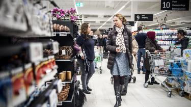 Hvis ansvar er det så, at udviklingen går i retning af mindre kød på gaflen? Svaret er, ifølge dagens kronikør, at det er forbrugerne selv, der har taget indkøbskurven i egen hånd og med deres valg og efterspørgsel på nye køderstatningsprodukter har skubbet på udviklingen.