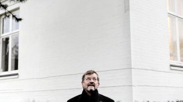 Ove K. Pedersen er aktuel med en ny bog, hvor han erkender konkurrencestatens fejl og mangler. Men samtidig er den også et opråb om, at midterpolitikere forsøger at beskrive en ideologi for den og vedkender sig at have skabt den.