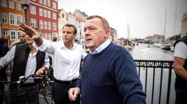 Der var ingen tvivl om, at Emmanuel Macronkraftigt appellerede til den danske regering om at »gøre mere i Europa« og stå ved de progressive liberale værdier i Europa, som vi i forvejen tilslutter os herhjemme, skriver Informations udlandsredaktør Emil Rottbøll.