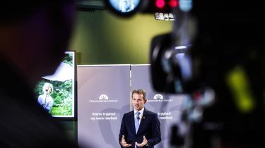 Regeringen møder kritik for sine manglende visioner på klimaets vegne. Nok afsættes der 540 mio. kroner til klimabistand, der støtter grøn omstilling og klimasikring i udviklingslande. Men den nødvendige grønne omstilling kommer til at koste langt større investeringer, siger Peter Birch Sørensen fra Klimarådet.