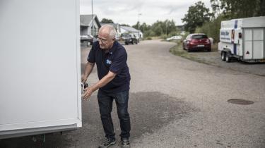 »Hvis man ikke kan blive enige med andre partier om at få sin politik igennem, så må man jo stå udenfor,« siger Tommy Brorsson, der er nummer to på Sverigedemokraternas kommunalvalgsliste og formand for SD i Örkelljunga i Skåne.