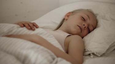 Væk dit barn kl. 02 om natten med en mail om, hvorvidt det ønsker en avokado- eller kartoffelmad med på madpakken.