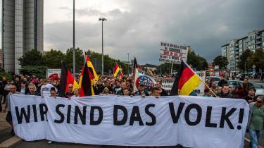Årsagen til demonstrationerne i Chemnitz kan ikke bare forklares med nynazisme. Den historiske hukommelse er for kort, hvis den ikke medtænker østtyskernes knuste drømme om det virkeligt socialistiske samfund, de aldrig fik