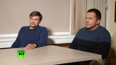Ruslan Bosjirov og Aleksandr Petrov, de to mistænkte i giftattentatet mod eksspionen Sergej Skripal i Salisbury, forklarede tilden russiske tv-kanal RT, at de besøgte Salisbury for at se domkirken.