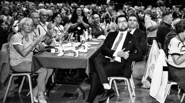 Sverigedemokraternas leder, Jimmie Åkesson, gæstede sidste weekend Dansk Folkepartis landsmøde og blev modtaget med jubel. Hans parti og Dansk Folkeparti har det til fælles, at de er gode til at få udbredt deres budskaber på sociale medier.