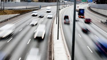 Danmark halter langt efter vores nordiske naboer, hvad angår salget af elbiler. I de første seks måneder af 2018 udgjorde salget af elbiler blot 1,7 procent af det samlede bilsalg i Danmark, mens det i Norge var 50 procent og i Sverige var over 20 procent.