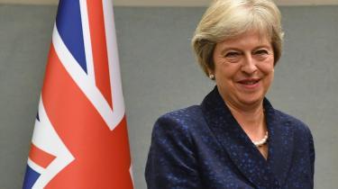 I denne uge var Theresa May i New York, hvor hun sagde noget, der let kunne tolkes som en trussel: Storbritannien efter Brexit vil blive »en af de mest dynamiske og businessvenlige økonomier i verden«. Med »lav skat og smart regulering«