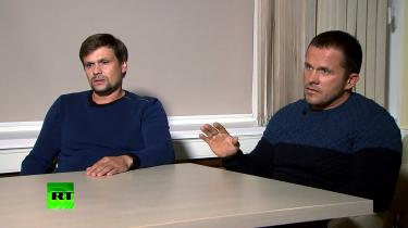 For et par uger siden rodede Ruslan Bosjirov og Alexander Petrov sig ud i en usandsynlig historie om, at de to gange havde besøgt Salisbury for at bese byens berømte domkirke.