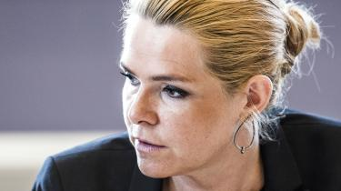 Da integrationsydelsen blev vedtaget tilbage i 2015, argumenterede regeringen i sit lovforslag med, at den ønskede at »give« flygtninge og andre udlændinge »et større incitament til at arbejde og blive integreret i det danske samfund«.