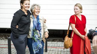 Margrete Auken fra SF, der sidder i den grønne gruppe i Europa-Parlamentet, tror på, at der er en grøn bølge på vej:  »Der er mange hjemløse socialdemokrater, som kunne gå vores vej,« siger hun.