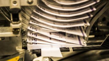 Vi bør opskrive kronens værdi, mener dagens kroniktør. Siden 2016 har danske sedler og mønter været produceret i udlandet