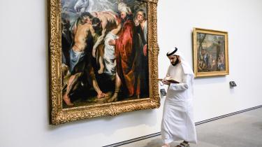 Nye tider i Abu Dhabi, hvor den lokale aflæger af Louvre markerer Golf-statens hast med at omdanne sig til en nøglespiller i regionen.