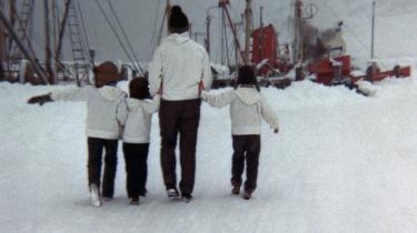 Inuuteq Storch er fotokunstner og tingfinder. Han gik på jagt i sin families gemmer efter historien om Grønland.