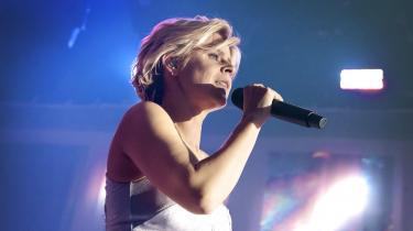 De fleste nutidige popstjerner har som minimum ét Robyn-inspireret nummer på deres albums, og hendes sange har levet i populærkulturen i de otte år, hun har været væk.Nu er det svenske popikon tilbage med et fint og fortættet, underspillet frem for forceret album. Det er ikke hendes største mesterværk til dato, men et meget glædeligt gensyn