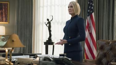 Claire Underwood (Robin Wright) har i dén grad sat sig tilrette i Det Ovale Kontor i sjette og sidste sæson af den politiske dramaserie 'House of Cards'. Foto: Netflix