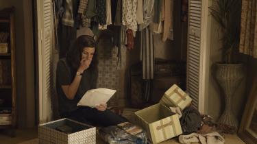 Julia Roberts' karakter Heidi Bergman bliver konfronteret med en ubehagelig fortid i 'Homecoming'