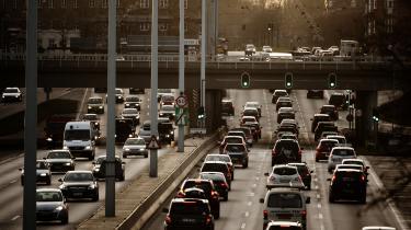 Lektor Nils Enrum mener, at såkaldt road pricing bør indføres på forsøgsbasis i København.