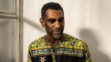 »Der var en periode fra 1989 og frem, hvor menneskerettighederne havde momentum. Det forsvandt efter 9/11, hvor sikkerhed på mange måder trumfede menneskerettigheder, og i de seneste år har det virkelig taget fart,« siger Amnesty Internationals nye globale chef, Kumi Naidoo