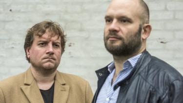 Mikkel Andersson og Niels Jespersen er aktuelle med bogen 'Eksperimentet, der slog fejl – Status over 35 års dansk asylpolitik'.