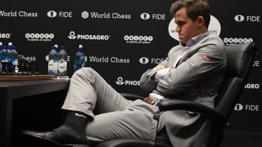 Endnu har ingen af verdens to bedste skakspillere formået at vinde et parti over den anden ved VM i skak, hvor også sjette parti endte remis