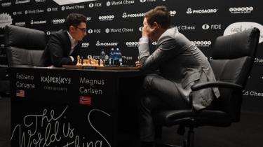 Den første halvdel af matchen om skak-VM er endt med lutter remiser