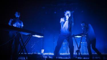 Den danske trio Chinah er udkommet med et nyt, pirrende og velfungerende album.