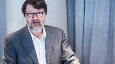 Professor Peter Birch Sørensen ville gerne have fortsat som formand for Klimarådet, men energi- og klimaminister Lars Christian Lilleholt har valgt at udskifte ham med Peter Møllgaard. Oppositionen mener det ligner en fyring, efter at Klimarådet har kritiseret regeringens klimapolitik.