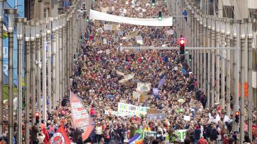 Den 2. december 2018 gik demonstranter i gaderne i Brussels i Belgien. De demonstrerede som optakt til FNs klimakonference, COP24, der finder sted i Katowice i Polen fra den 3. til 14. december.
