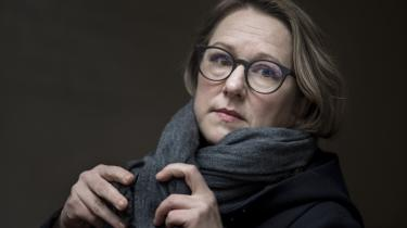 I sin nye bog kaster journalisten Marte Michelet nyt lys på fortællingen om den norske modstandskamp og giver et dystert svar på, hvorfor så mange norske jøder blev sendt i koncentrationslejre under Anden Verdenskrig