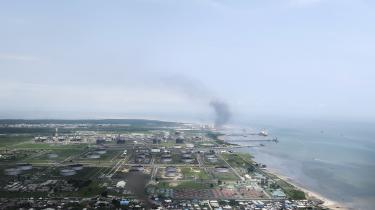 Shell bliver af ngo'er hårdt kritiseret for ikke at gå hurtigt nok frem i afviklingen af udvindingen af fossile brændstoffer – her olieterminalen ved Nigerdeltaet i Port Harcourt i Nigeria, som drives af Shell.