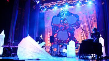 Animal Collective og Noah Lennax' hovedværk'Merriweather Post Pavilion' var et gennembrud for en mere organisk lyd inden for den elektroniske musik.