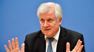 Tysklands indenrigsminister, Horst Seehofer, kommer med bud på optimering afit-sikkerheden i Tyskland. Dette er vigtigt, ikke mindst for demokratiet.
