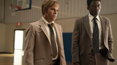 Roland West (Stephen Dorff) og Wayne Hays (Mahershala Ali) forsøger at finde to forsvundne børn i tredje sæson af Nic Pizzolattos 'True Detective'.
