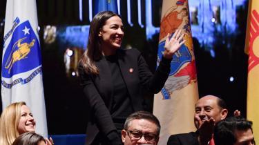Alexandria Ocasio-Cortez' økonomiske plan er blevet kaldt det mest radikale i årtier i amerikansk politik af Fox News.